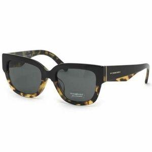 Burberry Square Style Sunglasses Grey Lens